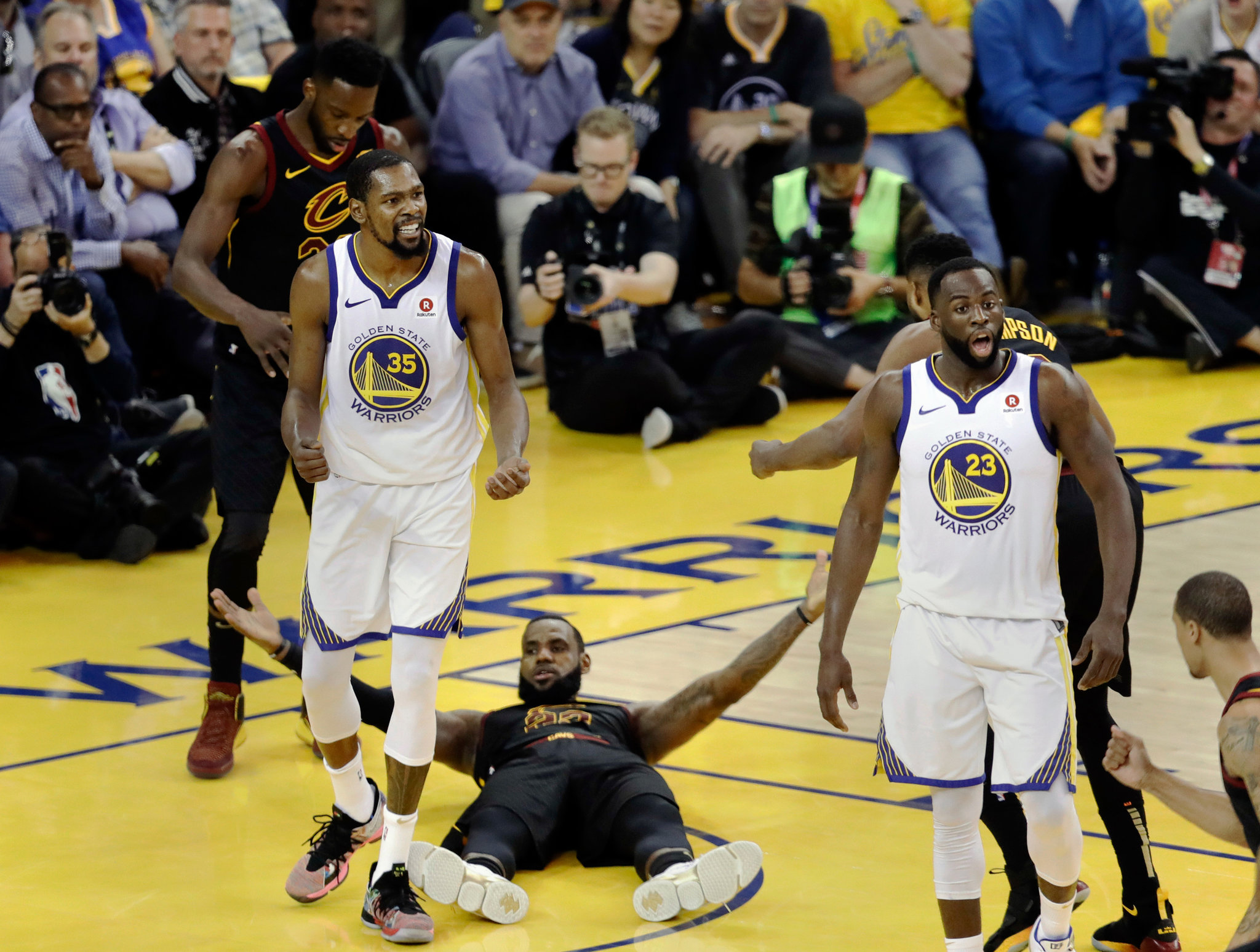 NBA Finals where KD warriors demolish lebron