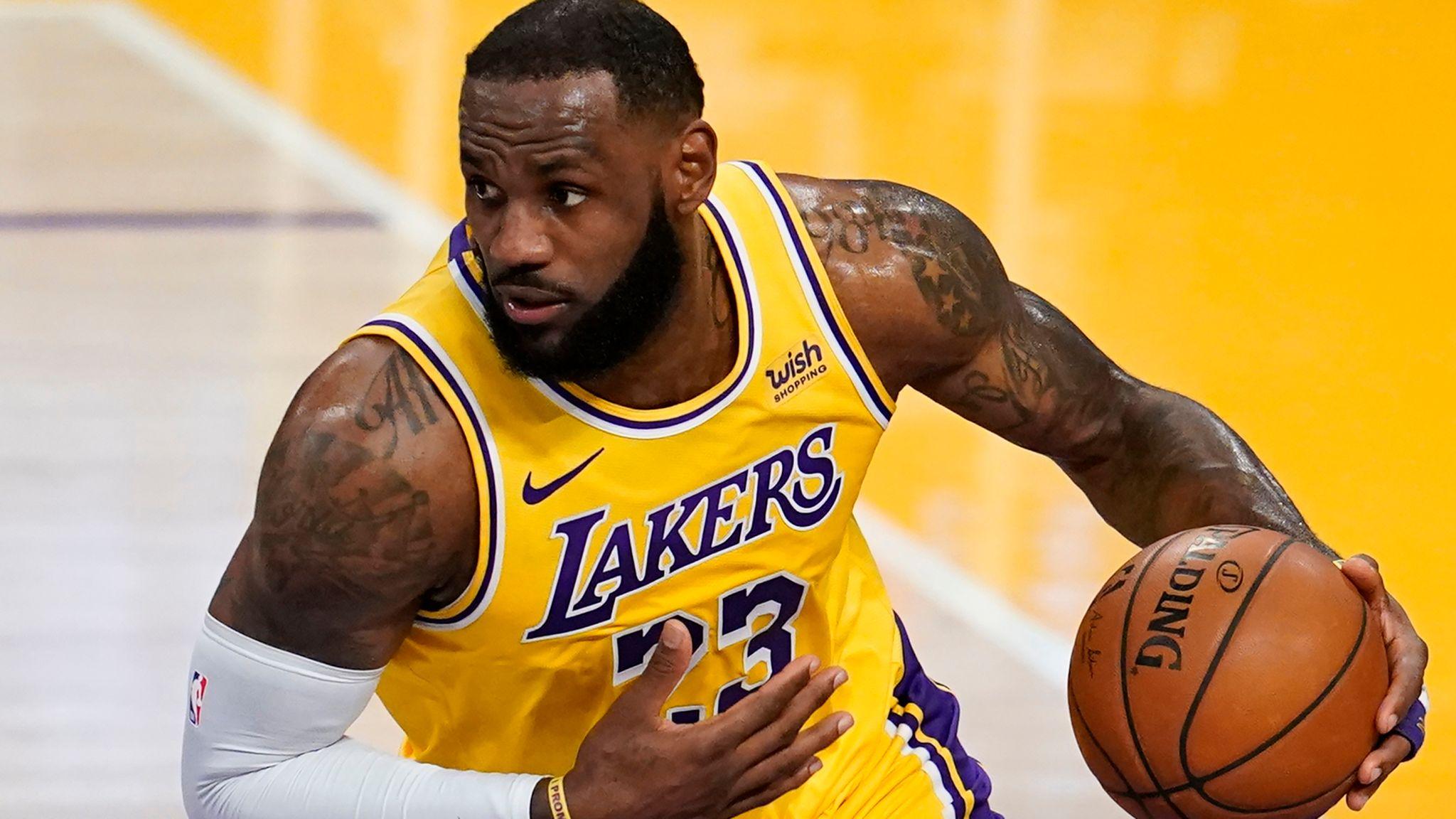 All NBA team Lebron James with the ball