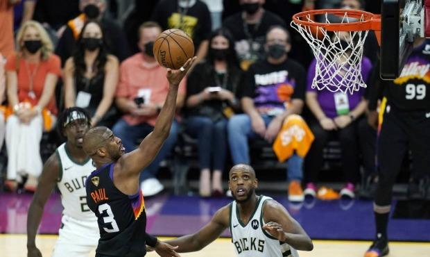 Milwaukee Bucks vs Phoenix Suns