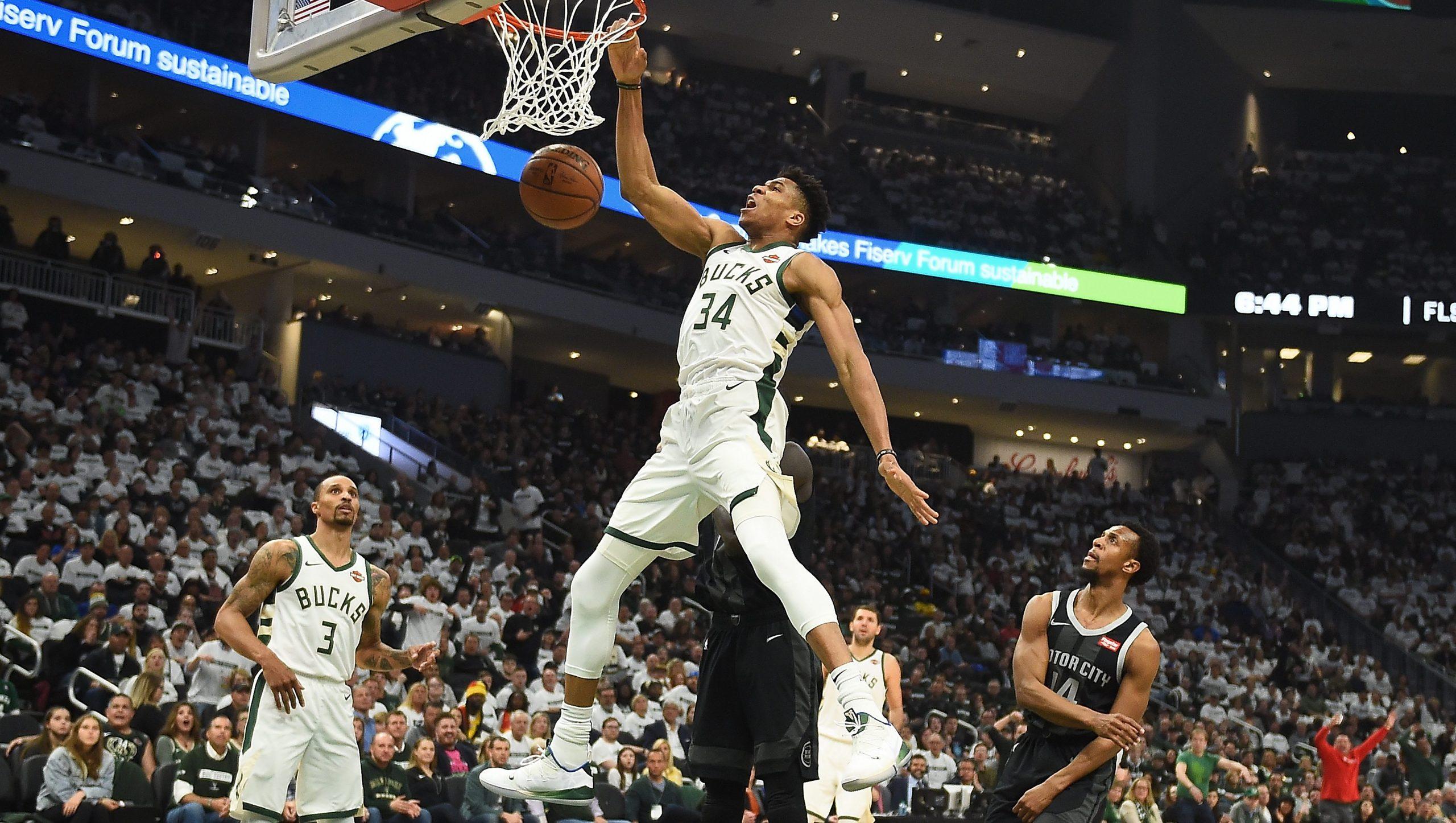 Milwaukee Bucks Giannis Antetokounmpo in motion