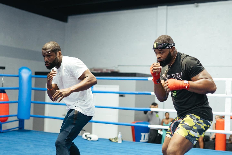 Tyron Woodley training with Floyd Mayweather